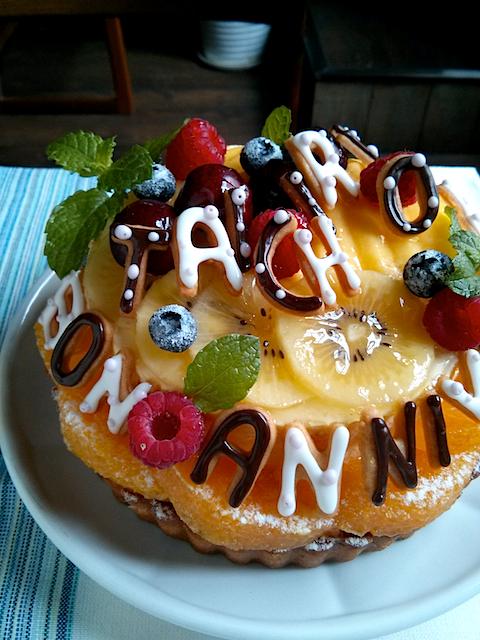 マンゴーチーズケーキとココナツタルト