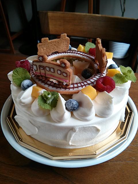 電車のバースデーケーキ