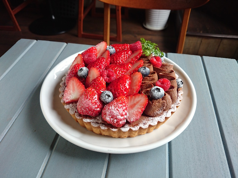 Strawberry tart of chocolate cream φ15cm